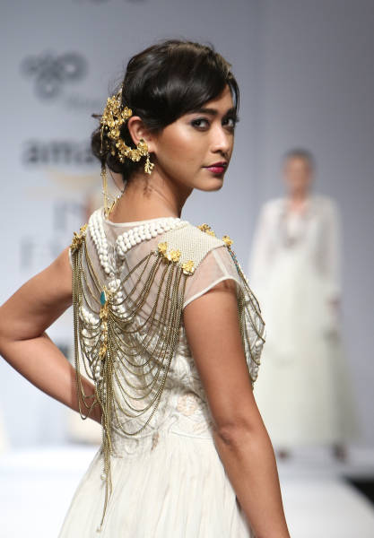 A Dedicated Jewellery Section In Amazon India Fashion Week AW16: A New Beginning