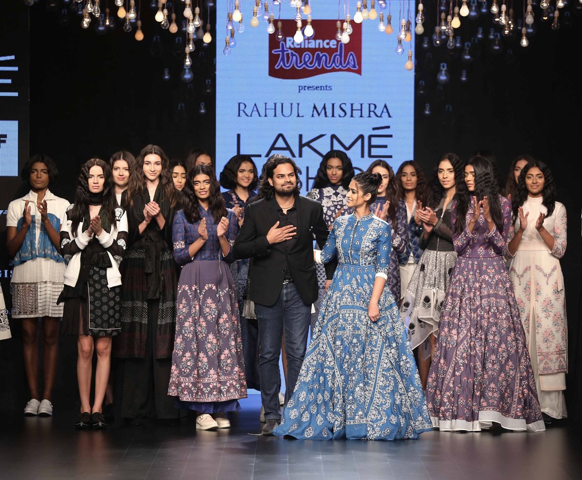 Rahul-mishra-and-Illena-at-LFW-SR16