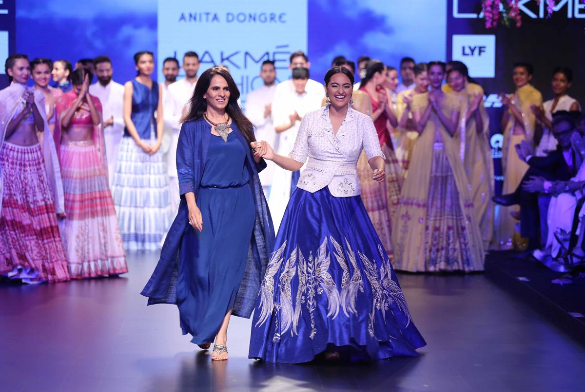 Sonakshi-&-Anita-Dongre