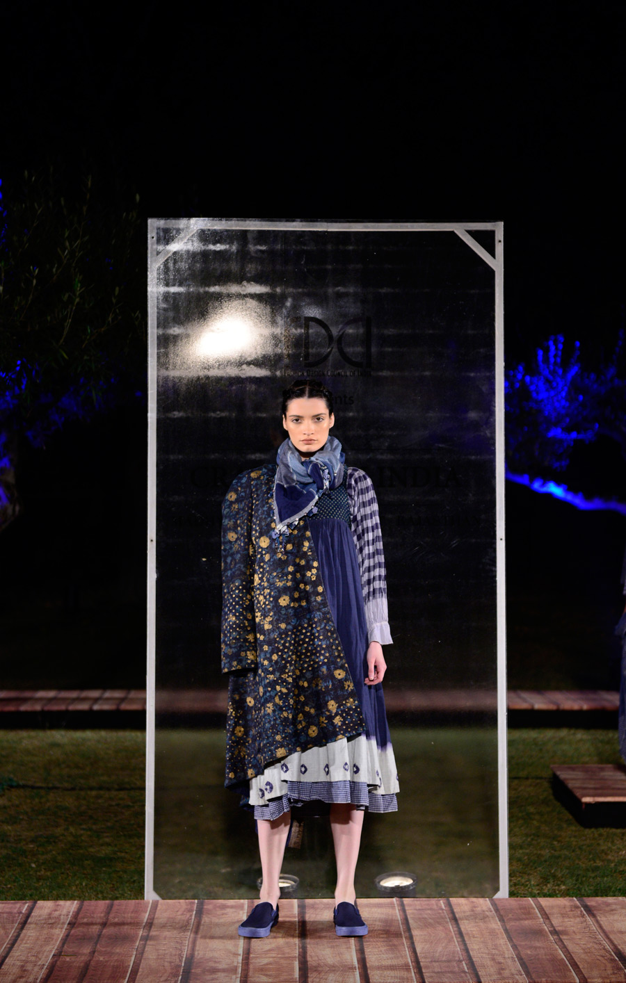 Aneeth-Arora-at-FDCI-presents-Crafted-in-India,-representing-Gujarat