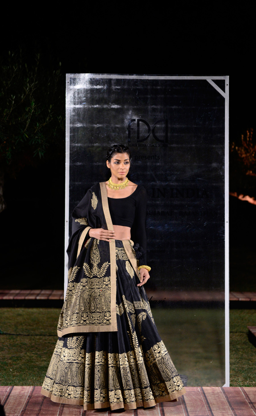 Samant-Chauhan-at-FDCI-presents-Crafted-in-India,-representing-Madhya-Pradesh