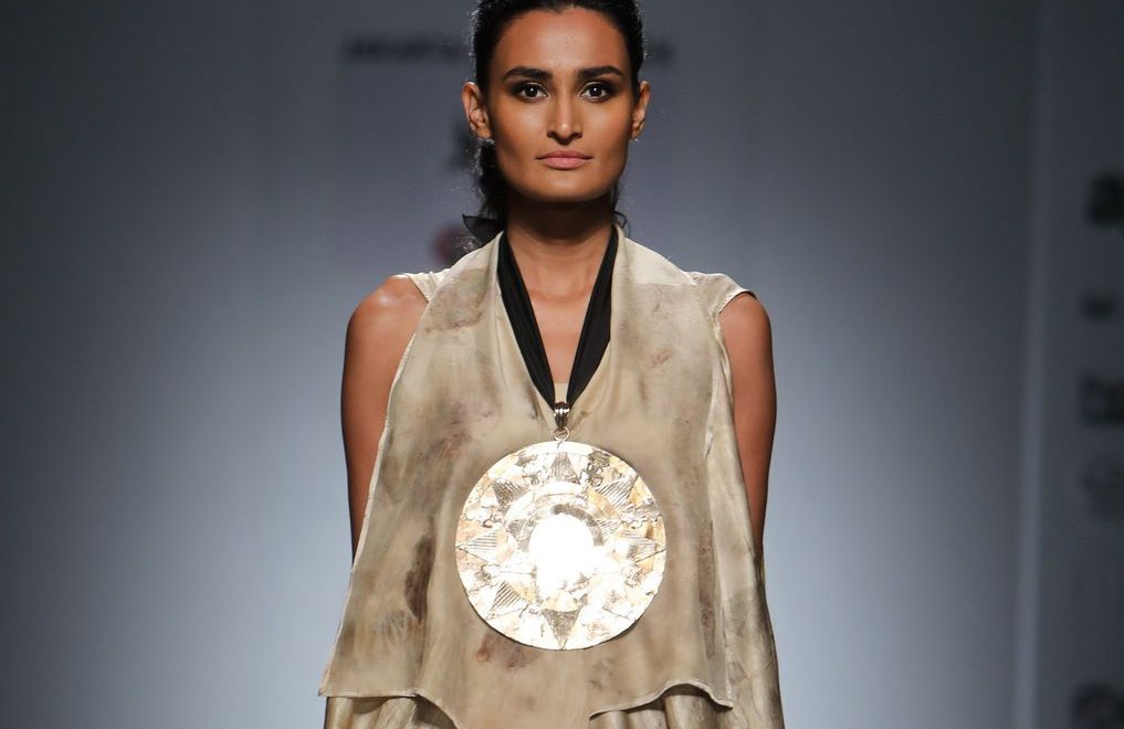 FDCI & Amazon Keep Their Promise To Promote Sustainable Fashion by Dedicating Day 1 to Handloom