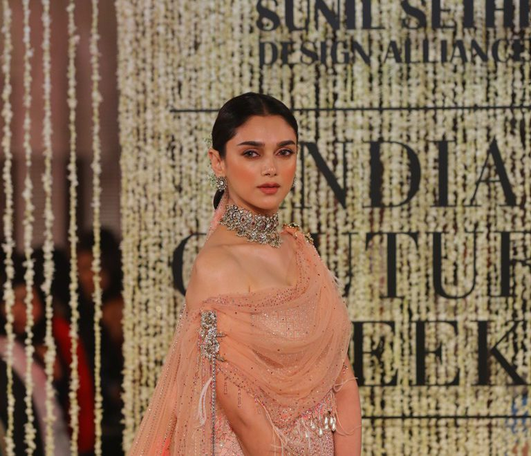 """In Elysium is a couture and occasion wear collection that celebrates the modern Indian goddess."":Tarun Tahiliani"